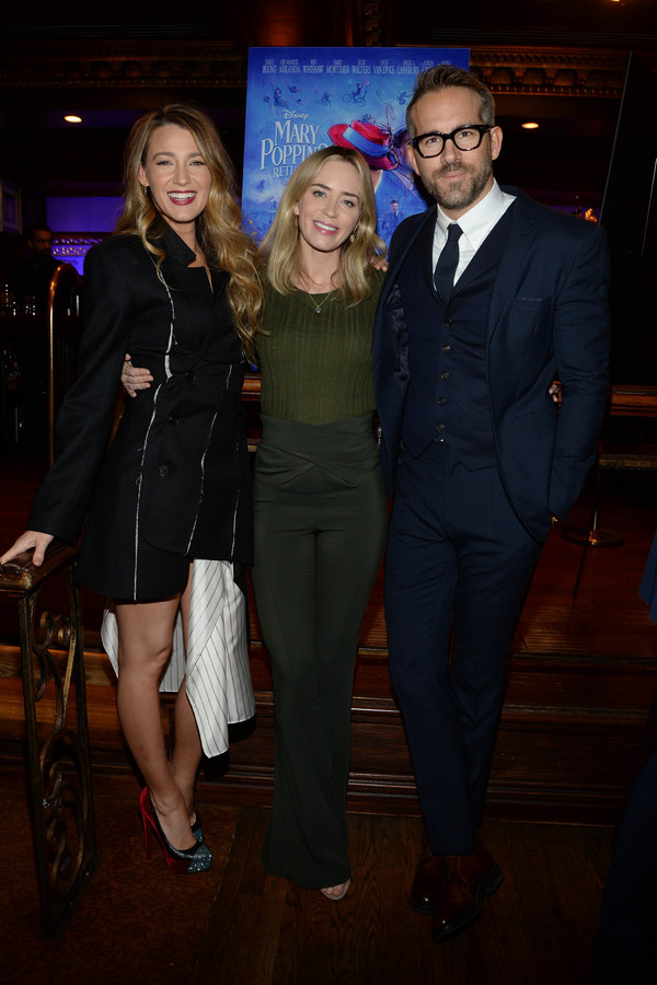 Blake Lively,Emily Blunt, Ryan Reynolds Photo